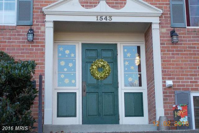 1543 Colonial Dr #102, Woodbridge, VA 22192