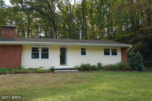 18331 Sharon Rd, Triangle, VA 22172