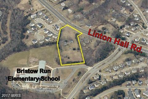 8730 Linton Hall Rd, Bristow, VA 20136
