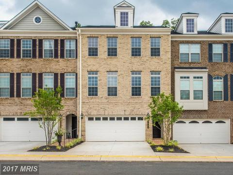 7985 Turtle Creek Cir, Gainesville, VA 20155