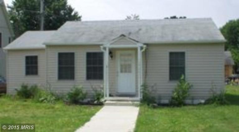 108 Lee Rd, Chester, MD
