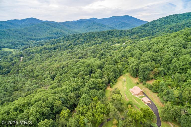 125 Oventop Mountain Lane, Sperryville, VA 22740
