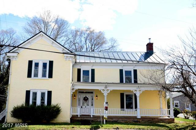597 Zachary Taylor Hwy, Flint Hill, VA 22627