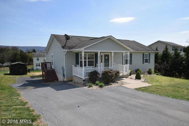 51 Pin Oak Ct, Maurertown, VA 22644