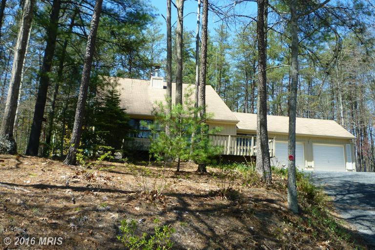 158 Hogan Drive, Basye, VA 22810