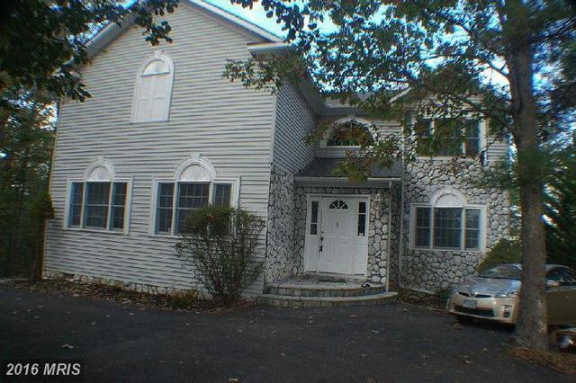 317 Anderson Rd, Basye, VA 22810