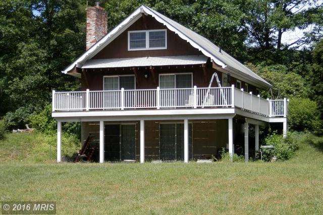 962 Camp Roosevelt Rd, Fort Valley, VA 22652