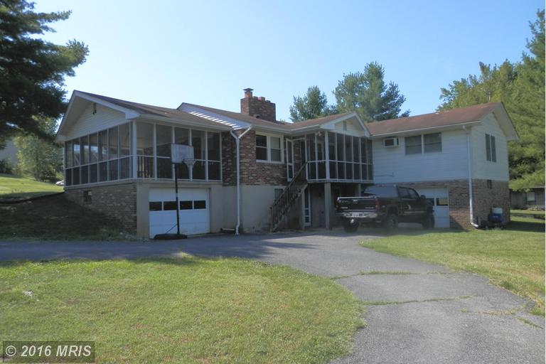 624 Water Street S, Woodstock, VA 22664