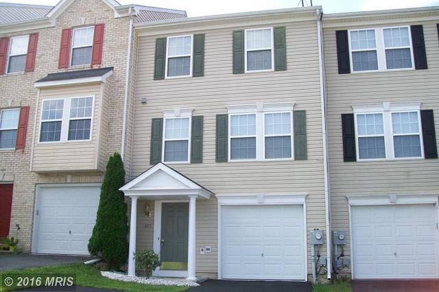402 Hupps Hill Ct, Strasburg, VA 22657
