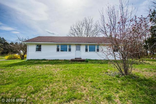 105 Rose Hill Ln, Toms Brook, VA 22660
