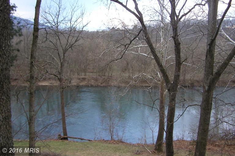419 Indian Camp Trail, Maurertown, VA 22644