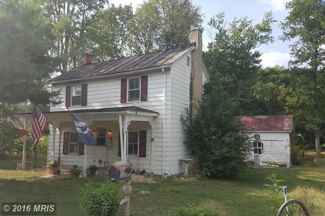153 Dean Rd, Toms Brook, VA 22660