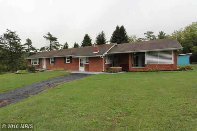 359 Rolling Hills Ln, Edinburg, VA 22824