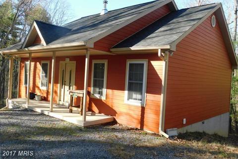 827 Mountain Slope Ln, Fort Valley, VA 22652