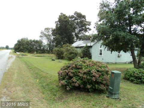 4820 Mudd Tavern Rd, Woodford, VA 22580