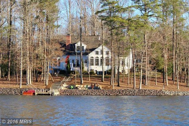 11106 Fawn Lake Pkwy, Spotsylvania, VA 22551