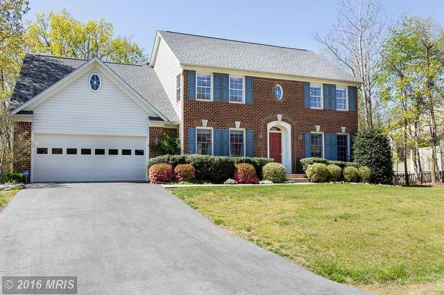 3804 Winding Hollow Dr, Fredericksburg, VA 22408