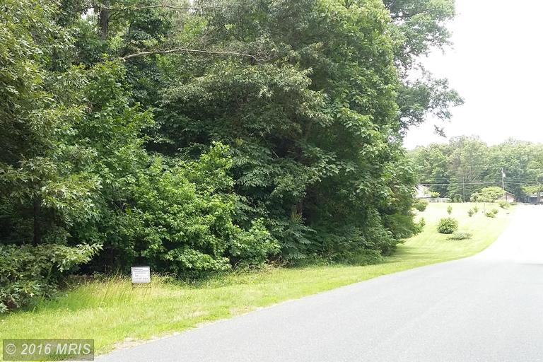 13 Noel Drive, Fredericksburg, VA 22408