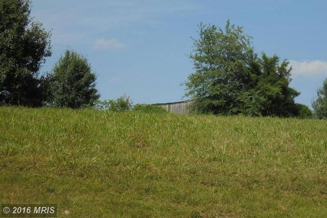 12301 Glade Dr, Fredericksburg, VA 22407