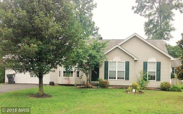 10116 Sharon Springs Dr, Fredericksburg, VA 22408