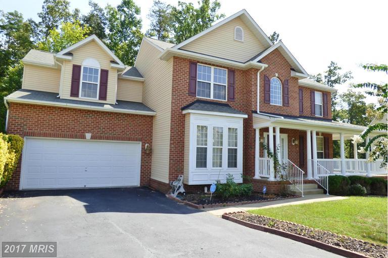 6904 Hawthorne Woods Cir, Fredericksburg, VA 22407