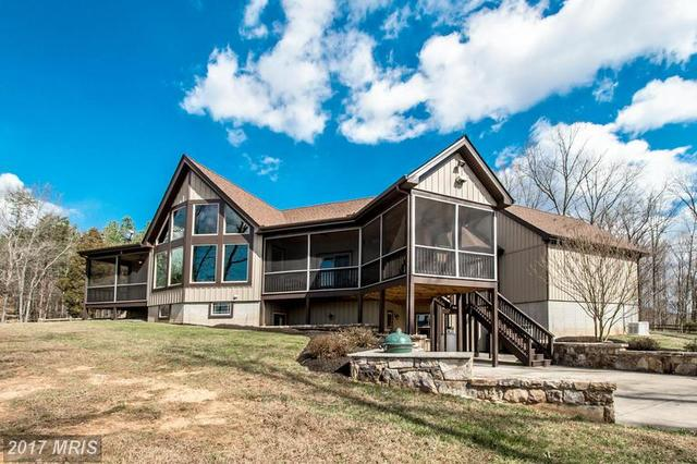 7606 Governors Point Ln, Unionville, VA 22567
