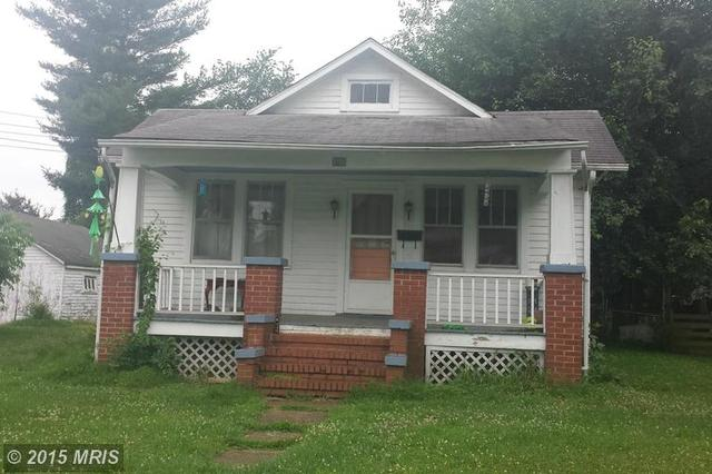 106 Chatham St, Fredericksburg, VA 22405