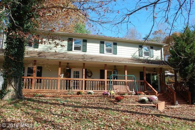 44 Green Leaf Ter, Stafford, VA