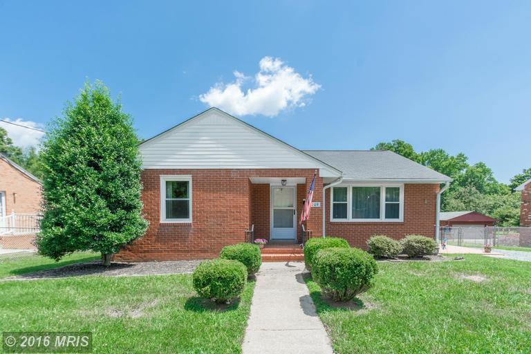 209 Maple St, Fredericksburg, VA 22405