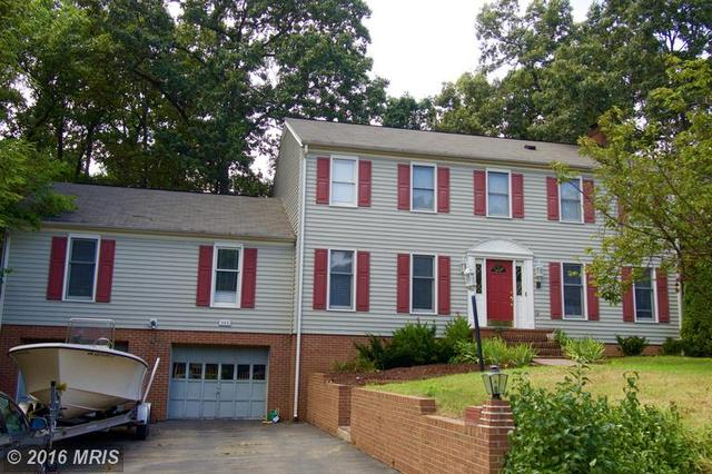 502 Collingwood Dr, Fredericksburg, VA 22405