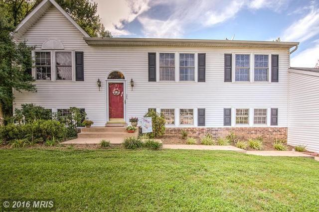 26 Brown Cir, Fredericksburg, VA 22405
