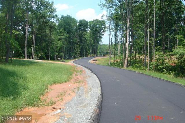 20 Hartwood Valley Ct, Fredericksburg, VA 22406
