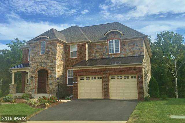 88 Coachman Cir, Stafford, VA 22554