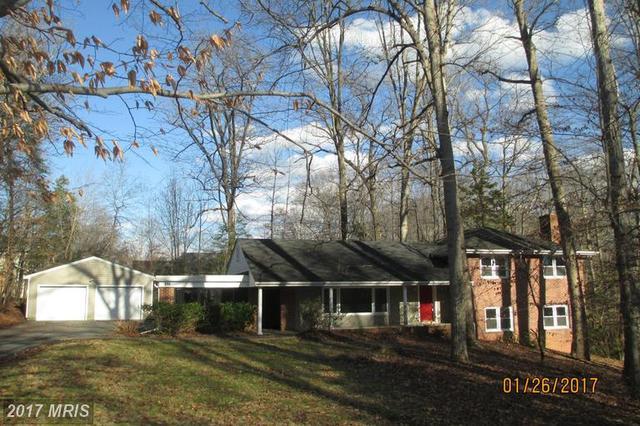 211 Lake Shore Dr, Fredericksburg, VA 22405