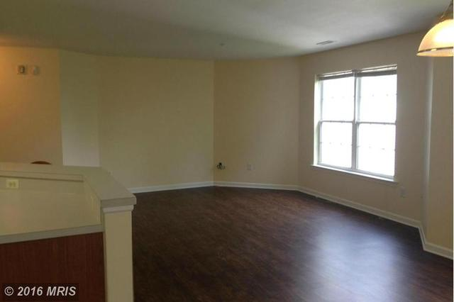 2018 Windsong Dr #APT 3D, Hagerstown, MD