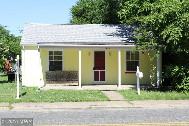 700 Jackson Street, Colonial Beach, VA 22443