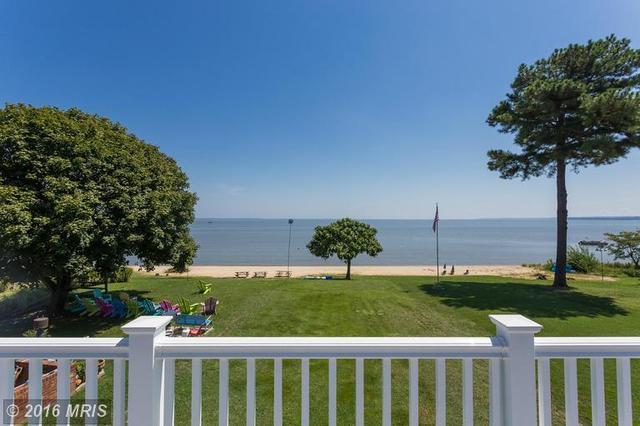 366 Shore Dr, Colonial Beach, VA 22443