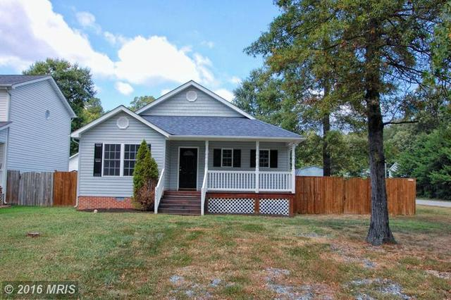 301 6th St, Colonial Beach, VA 22443