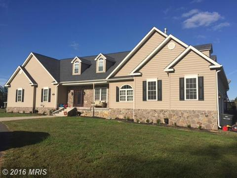 156 Pear Grove Ln, Montross, VA 22520