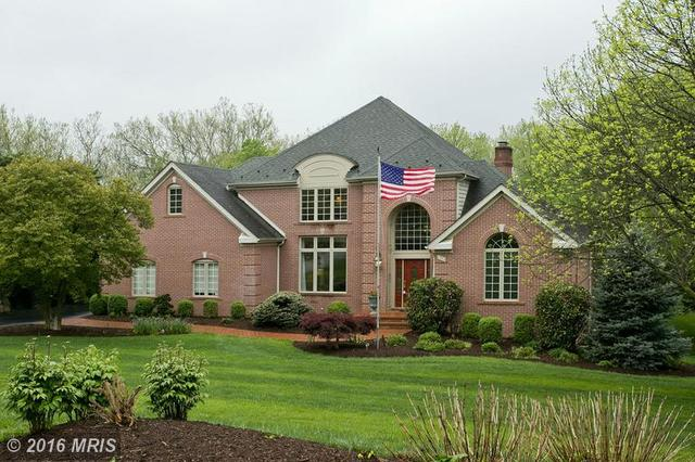 1533 Meadow Branch Ave, Winchester, VA