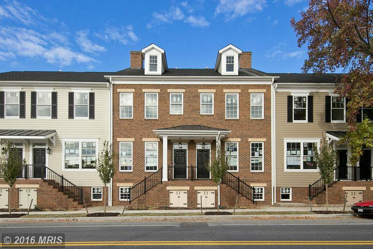 717 S Braddock Street, Winchester, VA 22601