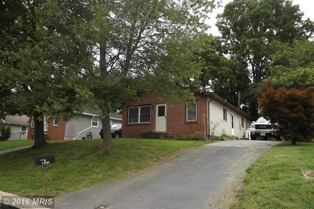 421 Cherrydale Ave, Front Royal, VA 22630