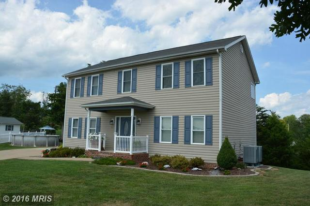386 Hill Top Ct, Front Royal, VA 22630