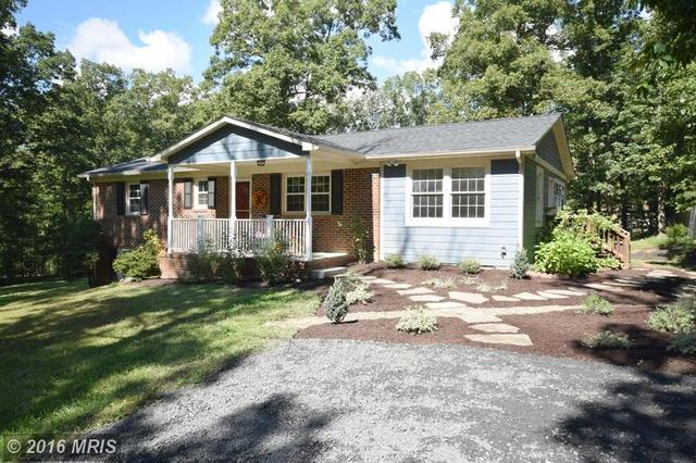 106 Royal Walnut Rd, Front Royal, VA 22630