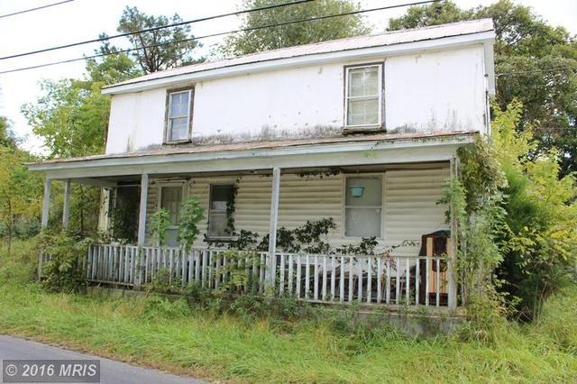 142 Smith Run Rd, Bentonville, VA 22610