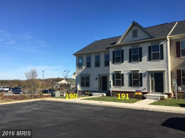 19 Spoon Sq, Front Royal, VA 22630