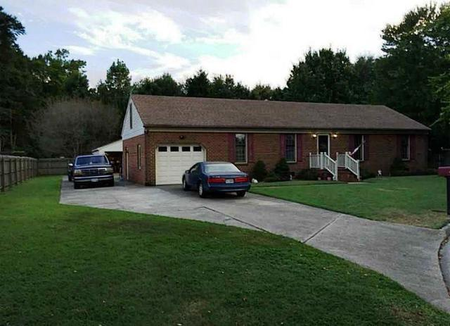 812 Tybourne Ct, Chesapeake, VA 23322