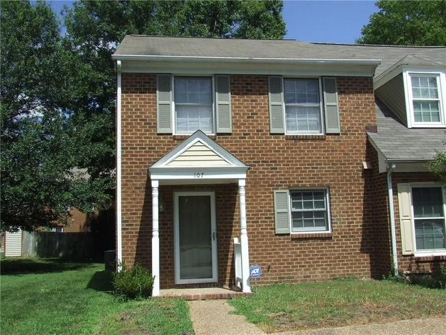 107 Wellesley Dr, Newport News, VA 23606