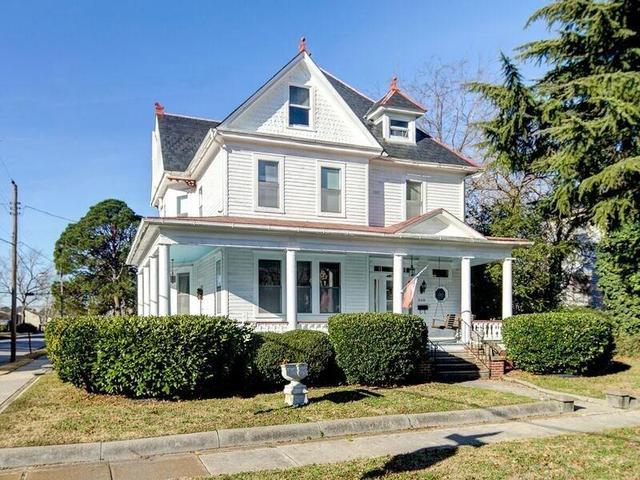 360 Florida Ave, Portsmouth, VA 23707