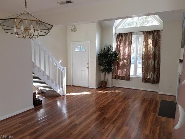 463 Crosland Ct, Newport News, VA 23608